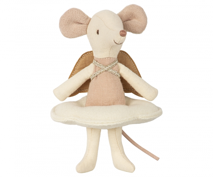 Angel mouse, big sister in book 1