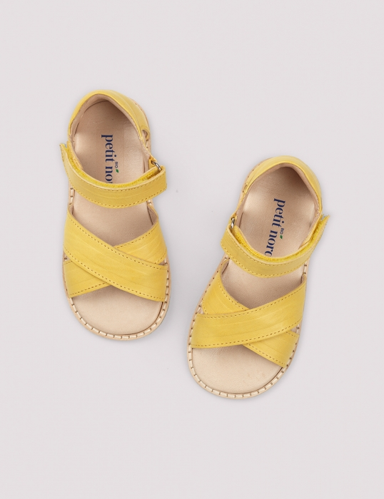 Cross-over sandal limone