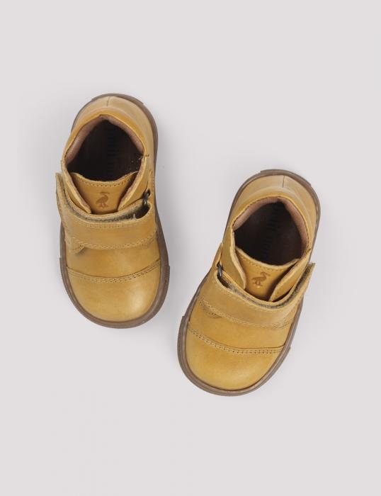 Kicks velcro Mustard 1